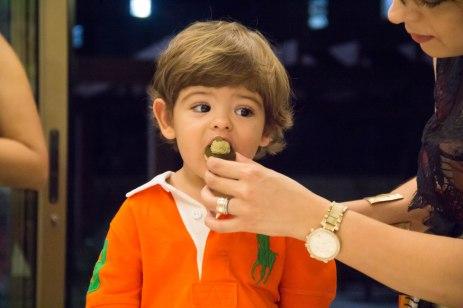 Teve gente provando chocolate pela primeira vez...